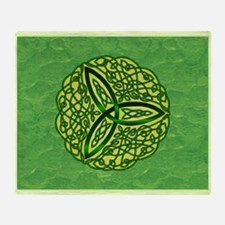 Green Celtic Trinity Knot Throw Blanket
