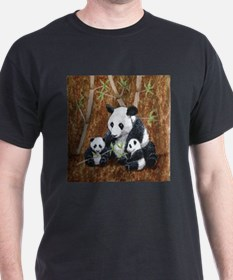 StephanieAM Panda and Cubs T-Shirt