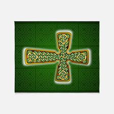 Teardrop Celtic Cross Green Throw Blanket