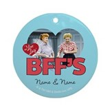 Best friends Round Ornaments
