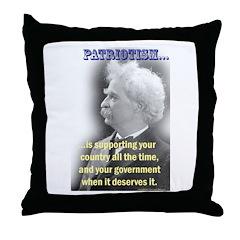 Twain on Patriotism Throw Pillow