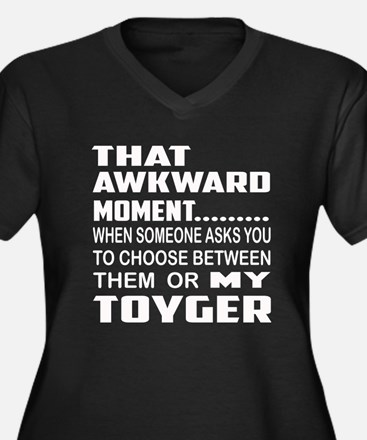 That awkward Women's Plus Size V-Neck Dark T-Shirt