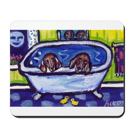 DACHSHUNDS take bath Mousepad