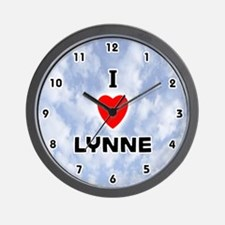 I Love Lynne (Black) Valentine Wall Clock
