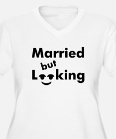 shirt-married-looking Plus Size T-Shirt