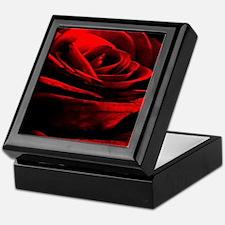 Cute Roses Keepsake Box