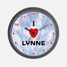 I Love Lynne (Red/Blk) Valentine Wall Clock