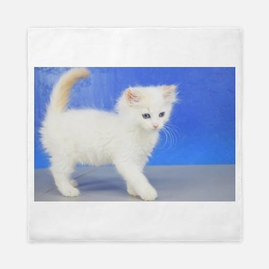 Moses - Cream Bicolor Ragdoll Kitten Queen Duvet