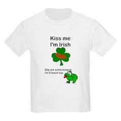 KISS ME IM IRISH, FROG WITH TONGUE Kids T-Shirt