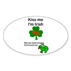 KISS ME IM IRISH, FROG WITH TONGUE Oval Decal
