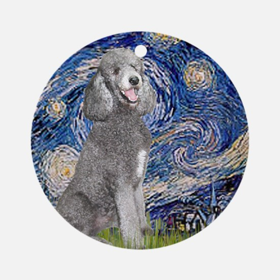 Cute Standard poodle Round Ornament