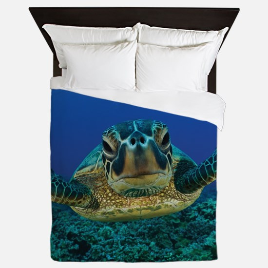 Turtle Swimming Queen Duvet