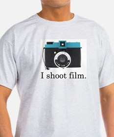 I Shoot Film () T-Shirt