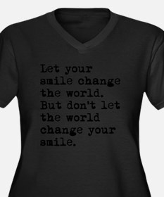 Smile Change Women's Plus Size Dark V-Neck T-Shirt