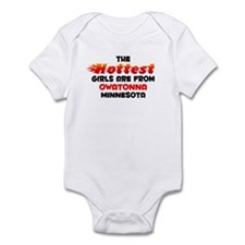 Hot Girls: Owatonna, MN Infant Bodysuit