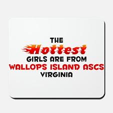 Hot Girls: Wallops Isla, VA Mousepad