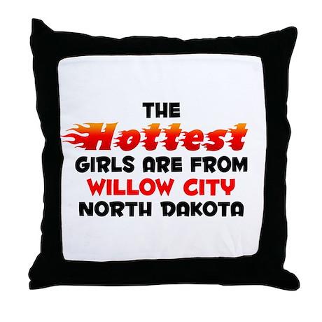 Hot Girls: Willow City, ND Throw Pillow