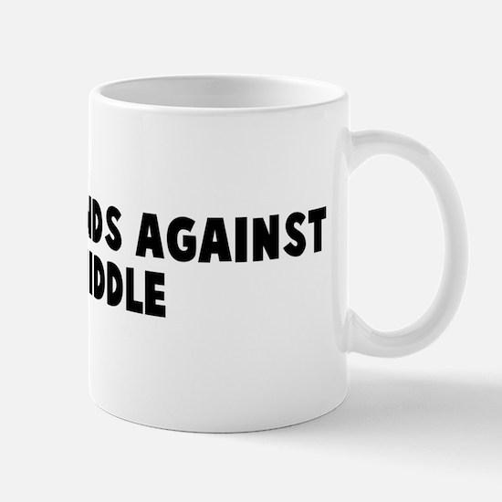 Play both ends against the mi Mug