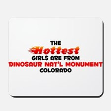 Hot Girls: Dinosaur Nat, CO Mousepad