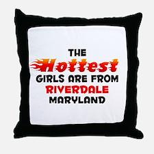 Hot Girls: Riverdale, MD Throw Pillow
