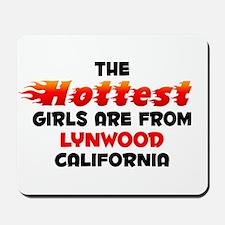 Hot Girls: Lynwood, CA Mousepad