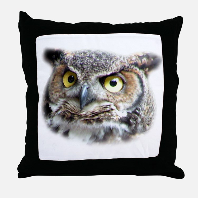 Great Horned Owl Face Throw Pillow