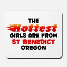 Hot Girls: St Benedict, OR Mousepad