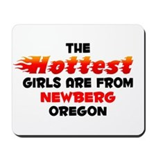 Hot Girls: Newberg, OR Mousepad