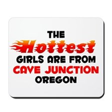 Hot Girls: Cave Junctio, OR Mousepad