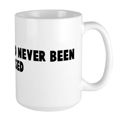 Sweet 16 and never been kisse Large Mug
