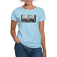 Ferris Wheel Stereograph Women's Pink T-Shirt