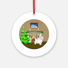 A Westie Christmas Ornament (Round)