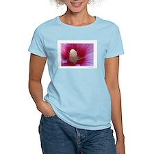 """""""Inside a Peony"""" T-Shirt"""