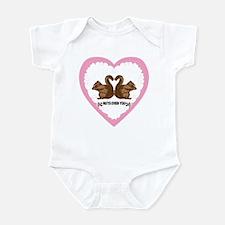 Cute Valentine squirrels Infant Bodysuit