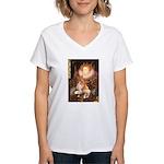 Queen / Welsh Corgi Women's V-Neck T-Shirt
