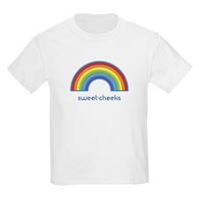 sweet-cheeks (rainbow) T-Shirt