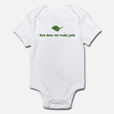 God does not make junk (leaf) Infant Bodysuit