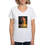 Fairies / Pomeranian (b&t) Women's V-Neck T-Shirt