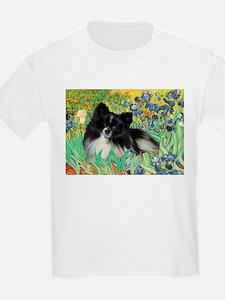 Irises / Pomeranian(bb) T-Shirt