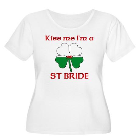 St Bride Family Women's Plus Size Scoop Neck T-Shi