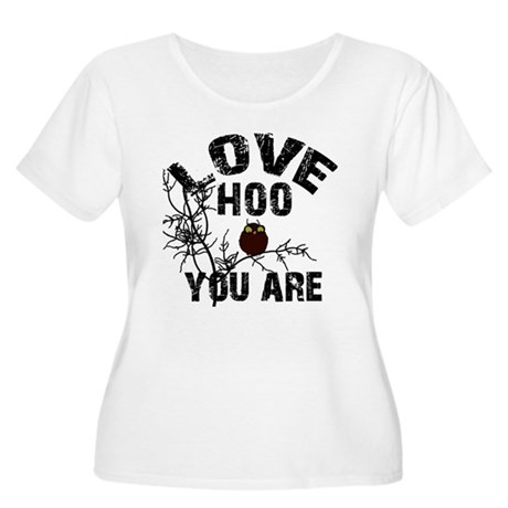 Love Who you are Women's Plus Size Scoop Neck T-Sh