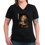 Queen Liz & Her Westie Women's V-Neck Dark T-Shirt