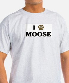 Moose paw hearts T-Shirt