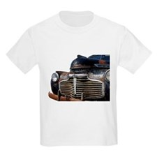 Vintage Rusted Car T-Shirt