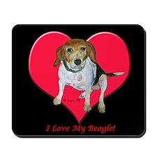 Daisy the Beagle Mousepad