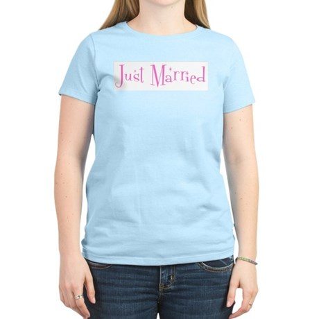 Just Married (sparkle-pink) Women's Pink T-Shirt