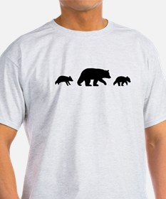 bearfamilymug T-Shirt