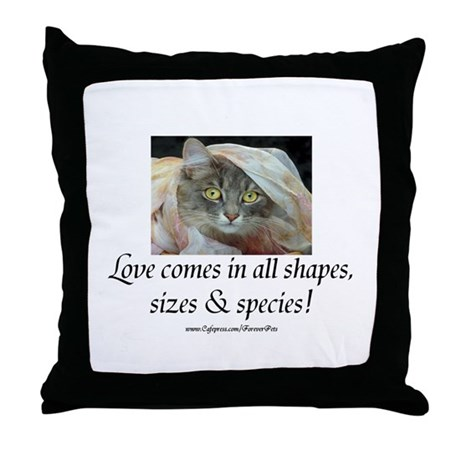 Love Comes (cat) Throw Pillow