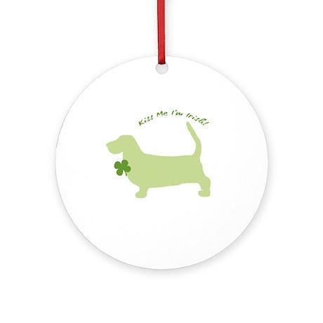 Basset Hound... Kiss Me I'm Irish! Ornament (Round