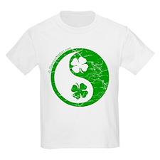 Yin Yang Clovers 2 T-Shirt